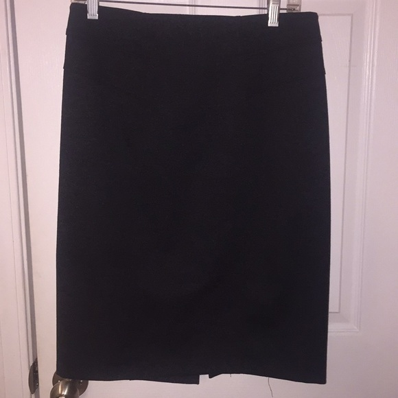 New York & Company Dresses & Skirts - New York and co pencil skirt size 6